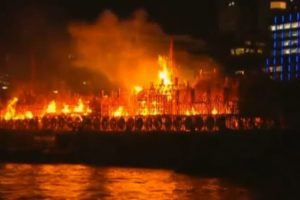Londons-Burning-on-the-Thames
